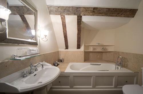 Heart of Oak Bathroom